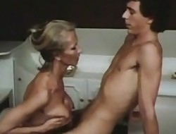Mom xxx movies - retro porn free